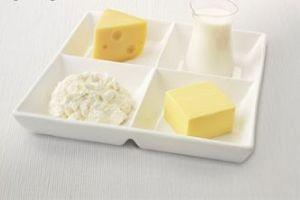 آیا افسانه پنیر باعث خنگی می شود،صحیح است؟
