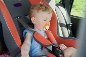 حبس کودک در گرمای 122 درجه اتومبیل!