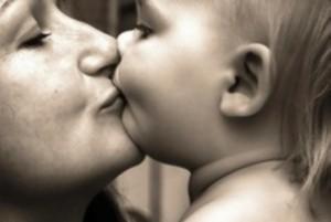 نوزاد مردهای که پس از نوازشهای مادر زنده شد!!