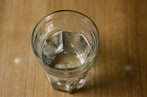 آیا نوشیدنی آب قبل از غذا باعث لاغری می شود!