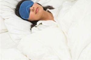 پیشگیری از بی خوابی با خوراکی هایی موثر