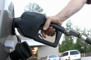 تصمیم برای قیمت بنزین نهایی شد