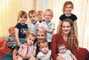 زنی که در 30 ساله با یازده فرزند!!