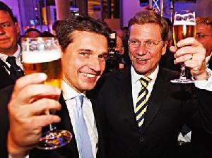 ازدواج وزیر خارجه آلمان با همجنسش