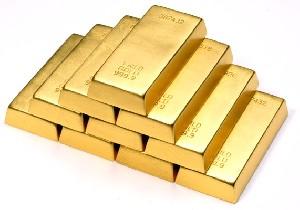 كشف اسكلت زنی با كفن طلا !