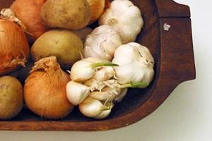 کاهش قند خون با یازده گیاه دارویی