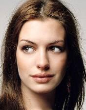 آنه هاتوی سود ده ترین بازیگر زن هالیوود