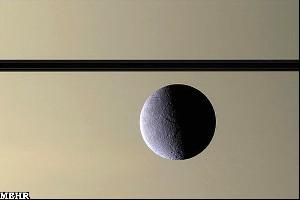 کشف اتمسفری رقیق در قمر سیاره زحل