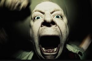 زنی که با دندان زبان شوهرش را از جا كند!!