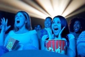 فیلم ترسناك برای زنان مفید است !!