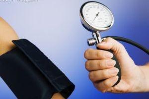 كاهش فشار خون با رژیم غذایی مناسب