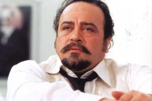 محمدرضا شریفی نیا و تبلیغ یک مارک لوازم آرایش