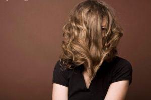 چگونه موهایی شفاف و زیبا داشته باشیم ؟
