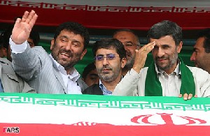 میزان حقوق دریافتی مشاوران احمدی نژاد