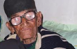 پیر مرد 110 ساله به دنبال ششمین همسر !!