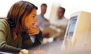 زنان ، هدف اصلی سارقان اینترنتی