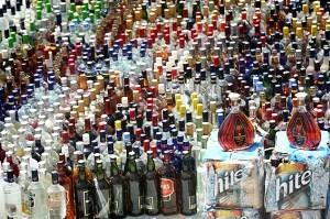 کشف بیست و یک هزار بطری مشروبات الکلی