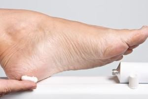 نقش ناخن انگشتان پا در سرطان ریه