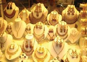 کاهش قیمت طلا در بازارهای جهانی و داخلی