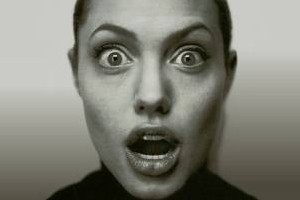خبری بسیار عجیب: آنجلینا جولی مسلمان می شود