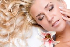 آیا خانمی هستید که نگران پیرشدن صورت خود هستید ؟!