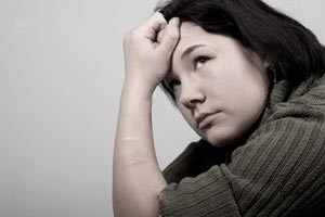 خود تخریبی و ترس از طرد شدن ، علائم این اختلال روانی