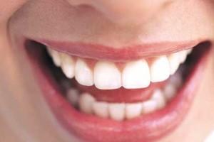 خطر گوش دادن به موسیقی برای دندان های شما !!