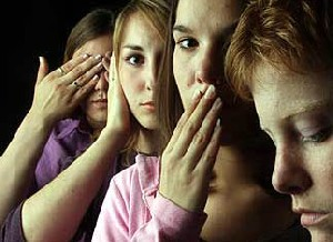 پدری که به 2 دختر و 1 پسرش تجاوز میکرد !