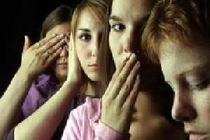 15 زن و دختر در دام رمالی شیطان صفت