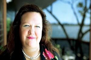 زنی استرالیایی ثروتمندترین فرد جهان + عکس