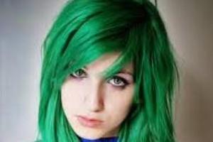 می دانید چرا رنگ موی انسان آبی یا سبز نیست؟!