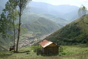 عمر مردم این روستا بسیار طولانی است/ «زیارت» را زودتر زیارت کنید!