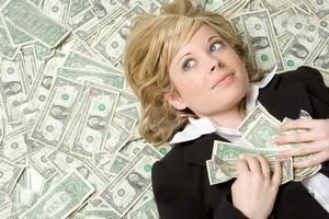 چرا دخترها همیشه مرد پولدار را ترجیح می دهند