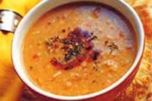 طرز تهیه آش گوجه فرنگی تبریزی