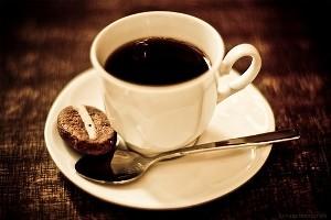 خوردن قهوه شما را بیشتر عصبی میکند