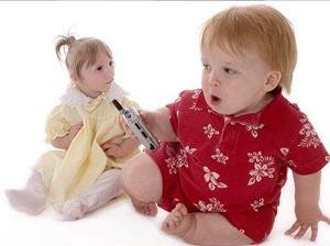 عکس هایی دیدنی از عجیب و کوچک ترین دختر جهان