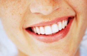 خطرات سفید کردن دندانها