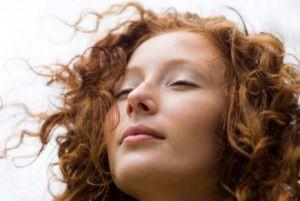 4 روش برای داشتن لب هایی جذاب و زیبا
