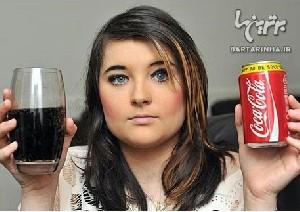 دختری بسیار عجیب که به مصرف نوشابه معتاد است!!