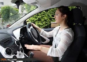 با پلک زدن اتومبیل خود را کنترل کنید