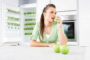 سیب را با پوست بخورید