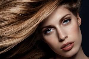 چهار محلول خانگی برای داشتن موهایی زیبا و براق