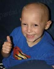 نقشه شوم زن کلاهبردار برای درمان کودکی سرطانی
