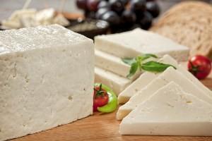 رابطه مستقیم پنیر و مینای دندان