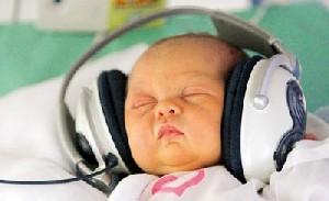 بهترین روش برای آرامش نوزادان