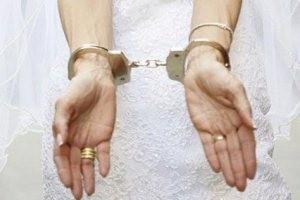 دستگیری عروسی در شب عروسیاش!