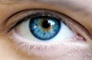 درمانهای ساده برای رفع خستگی چشم