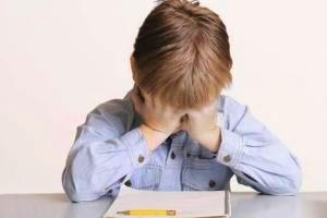 چگونگی کاهش استرس کودکان در شب امتحان