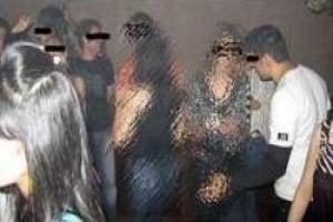 فرار مجری معروف از یک عروسی مختلط  (عکس)