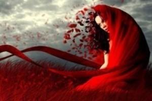 خانمی که با لباس قرمزش نماد عشق در تهران شد!
